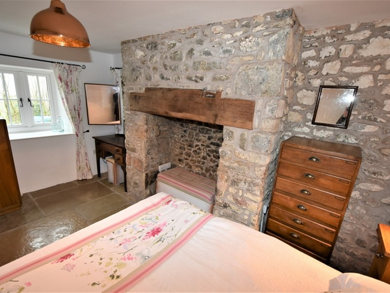 Glandwr Cottage, Talley, Carmarthenshire. - Image No: 6231