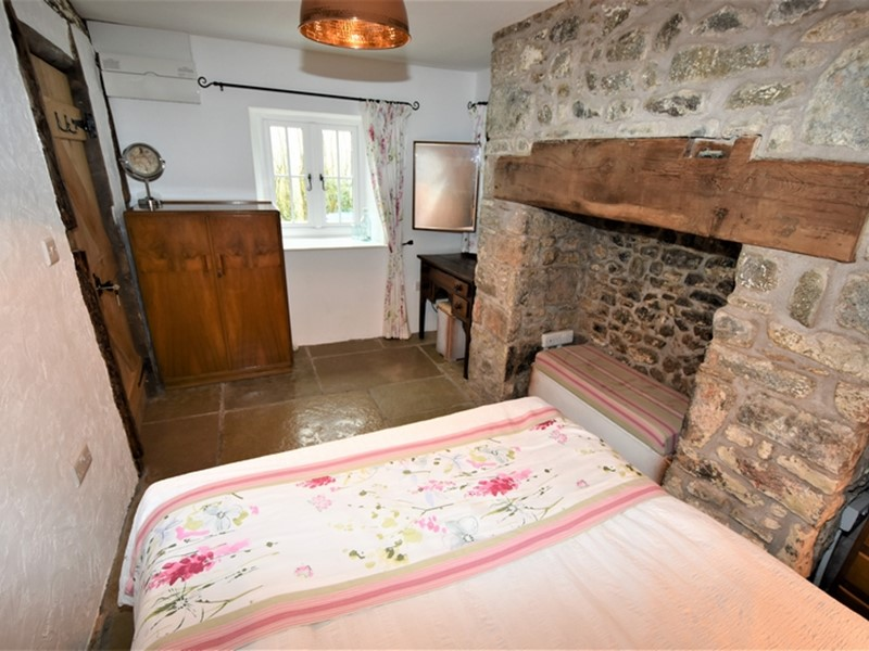 Glandwr Cottage, Talley, Carmarthenshire. - Image No: 6232
