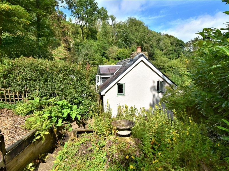 Glandwr Cottage, Talley, Carmarthenshire. - Image No: 6249
